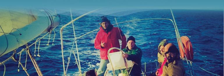 Μαθήματα Ιστιοπλοΐας Ανοικτής θάλασσας στη Σαντορίνη